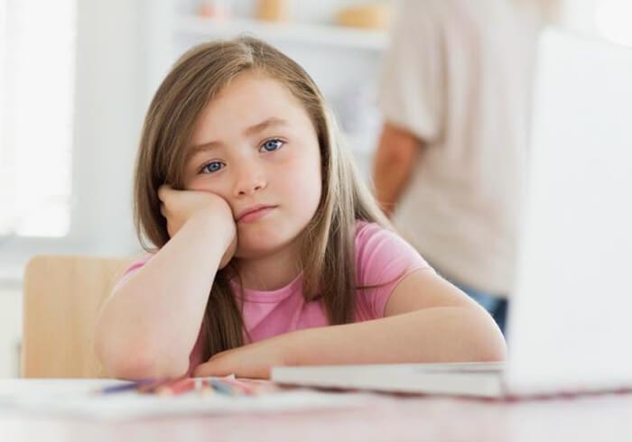 Desenvolvimento da criança podendo lhe causar sérios problemas no futuro